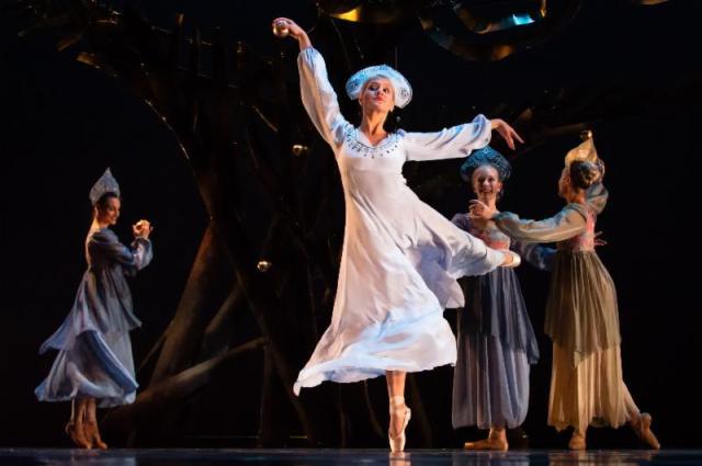 """Kirsten Evans as Princess Tsarevna in Festival Ballet's """"The Firebird."""" Photo by Paul M. Murray"""